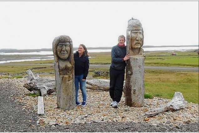 Blerta in un luogo tipico islandese