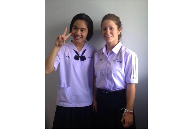 A scuola con la sorella minore