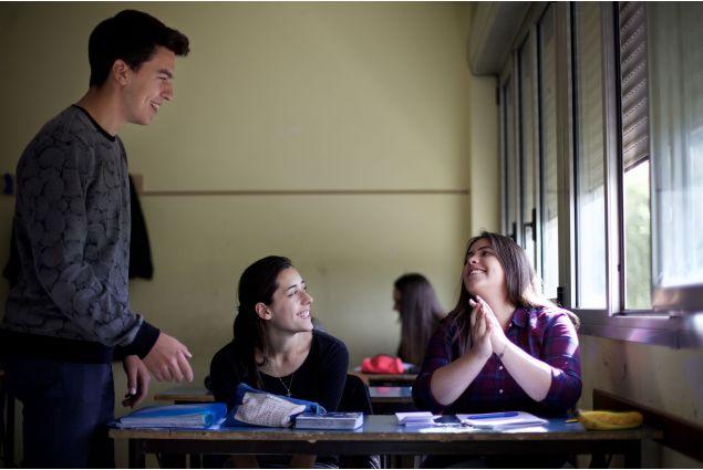Romina a scuola con i suoi compagni