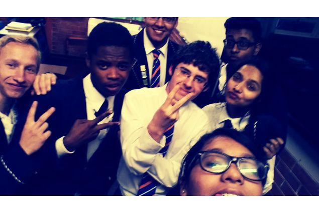 Alcuni compagni di scuola di Dario