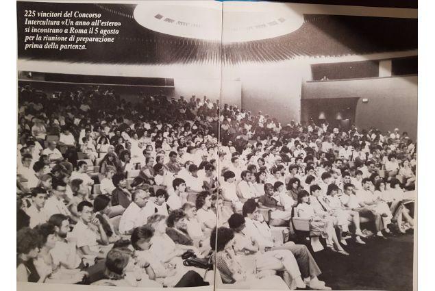 Bollettino del settembre 1984 - La partenza degli studenti il 5 agosto 1985