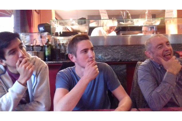 Da sinistra: fratello cileno Seba, fratello fiammingo Robbe e papà fiammingo Papa Geert
