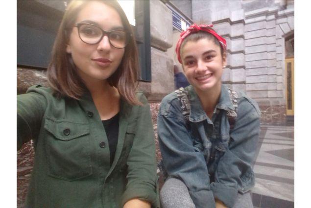 Alice ed un'altra studentessa AFS, Vanna dalla Bosnia