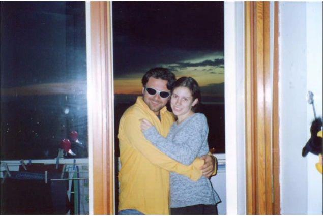 Ivano con sua sorella australiana Amanda nel 1999
