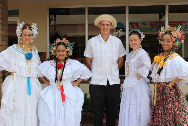 Celebrazione della fondazione di Aguadulce il 19 ottobre