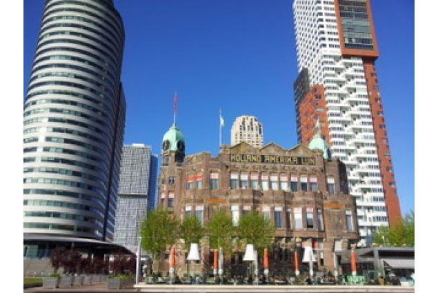 L'antica sede della Holland American Lines
