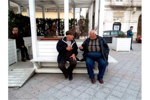 <div>In Italia si parla con le mani: i gesti a volte sono più chiari delle parole (foto e didascalia di Shyra, dal Costarica alla Puglia per un anno)</div>
