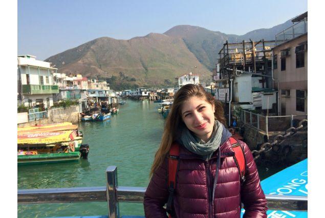 Claudia in paesaggio