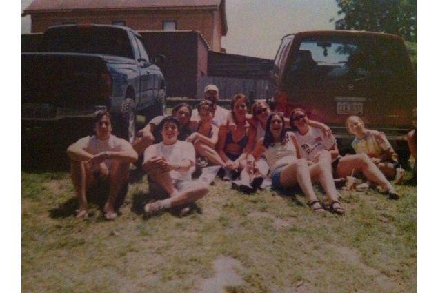 Paola con i suoi amici (2001)