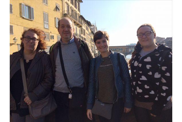 Nadia e la sua famiglia italiana in gita