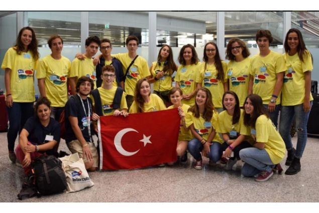 Gruppo di studenti italiani in Turchia