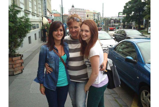 Con mamma e sorella ospitanti!