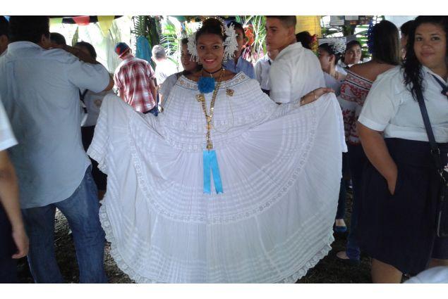 In abito tradizionale